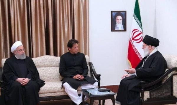 رهبر انقلاب: روابط ایران و پاکستان باید برخلاف میل دشمنان تقویت شود