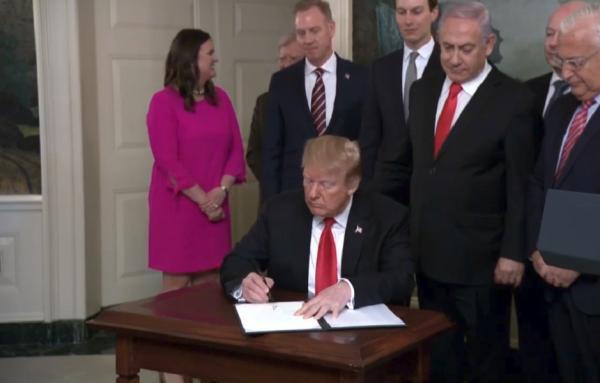 رئیس جمهور آمریکا حاکمیت اسرائیل بر جولان اشغالی را به رسمیت شناخت/ تشکر نتانیاهو از ترامپ