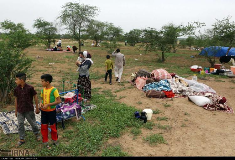 تصاویر فرار سیل زدگان حمیدیه خوزستان به جنگل,عکس های مردم حمیدیه در جنگل,تصاویری از مردم سیل زده حمیدیه در جنگل خسرج