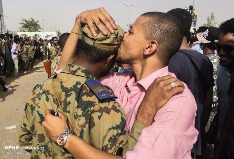 عکس های کودتا در سودان,تصاویری از تحولات در سودان,عکس های کشور وسدان پس از تحولات سیاسی