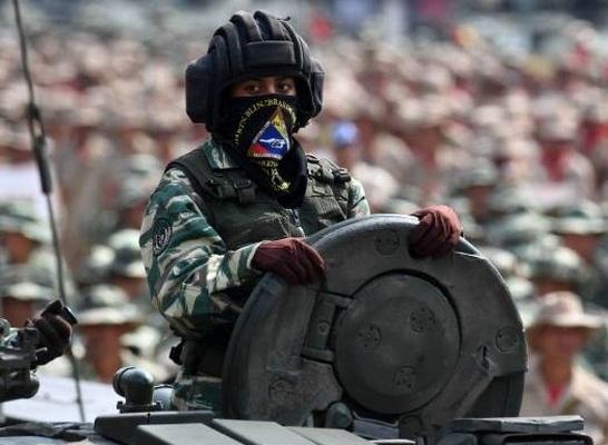 تصاویر نظامیان ونزوئلا,عکس های نیکلاس مادورو,تصاویر سالگرد شکست کودتا علیه دولت هوگو چاوز