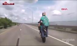 ویدئو/ حادثه وحشتناک در شوی موتورسوارها در آمریکا