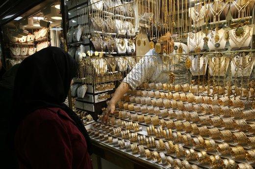 سکه باز هم ریخت/ طلا گرمی ۴۱۲.۰۰۰ تومان شد