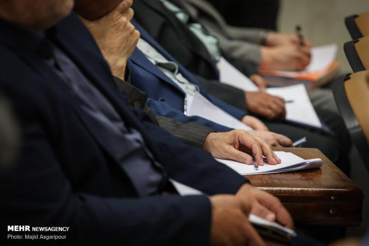 تصاویر محمدهادی رضوی در دادگاه,عکس های محمدهادی رضوی متهم بانک سرمایه,تصاویر دادگاه متهمین بانک سرمایه