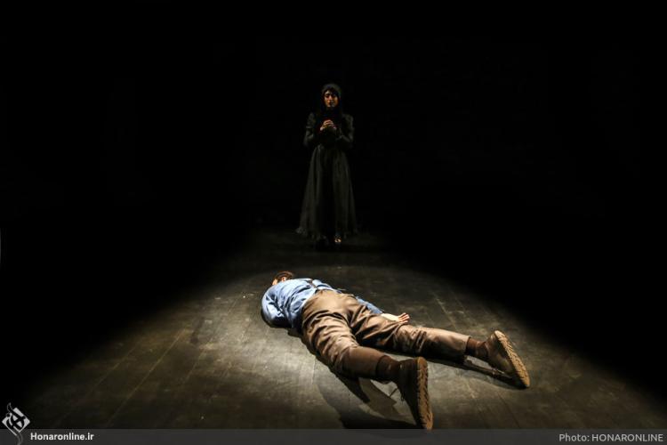 تصاویرنمایش پروانه و یوغ,عکس های نمایش پروانه و یوغ,تصاویر تالار حافظ