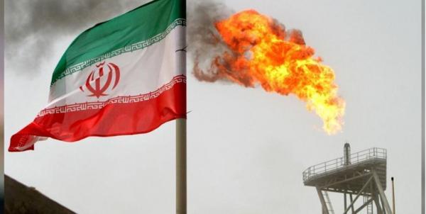 والاستریتژورنال: آمریکا به برخی کشورها اجازه خرید محدود نفت از ایران میدهد
