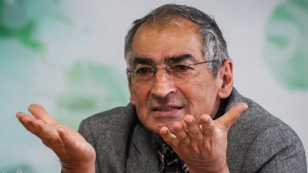 صادق زیباکلام: شعار اصلاحطلب و اصولگرا یک واقعیت تلخ است/ اصلاح نظام از درون تنها راه چاره است