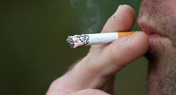 دخانیات و الکل از علل اصلی سرطانهای دهان