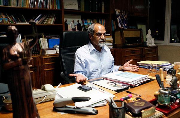 نعمت احمدی: حضور صداوسیما در آگاهی پیش از برگزاری دادگاه، جرم بود/ دادستانی تهران برای رسیدگی به تخلفات صداوسیما در پرونده نجفی صلاحیت مضاعف دارد