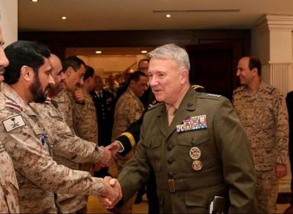 ایران آماده حملۀ احتمالی به نیروهای آمریکایی در خلیج فارس بود، اما منصرف شد/ همچنان نگران احتمال حملۀ ایران هستیم