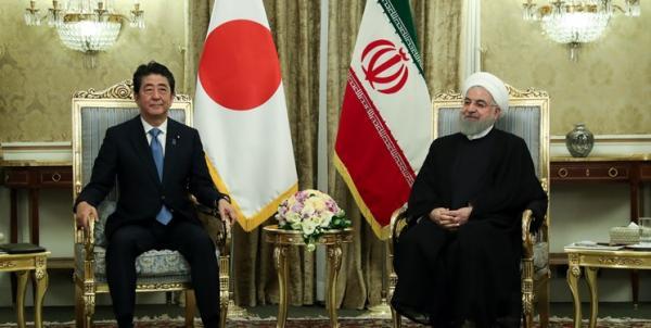 روحانی: آغازگر هیچ جنگی نخواهیم بود، حتی با آمریکا/ آبه: ایران باید نقش خود را در صلح و ثبات خاورمیانه ایفا کند