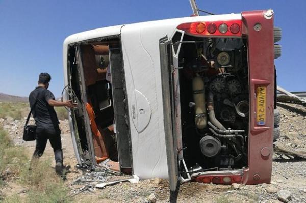 واژگونی اتوبوس شیراز به تهران,اخبار حوادث,خبرهای حوادث,حوادث