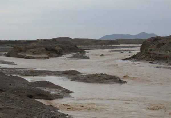 آخرین تلفات سیل در خراسان جنوبی؛ ۳ نفر در درمیان مفقود و ۵ گردشگر اسیر سیلاب شدند