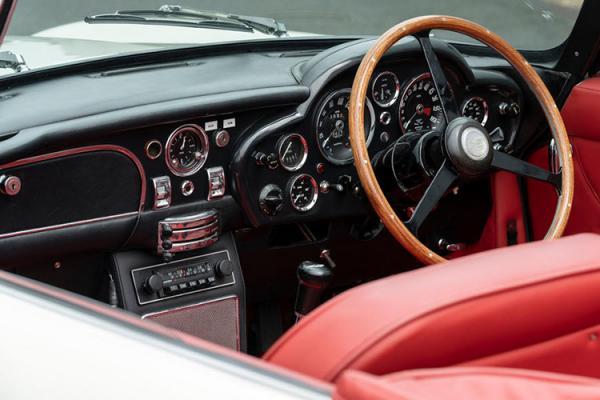 خودروی DB6 کلاسیک تمام الکتریکی,اخبار خودرو,خبرهای خودرو,مقایسه خودرو