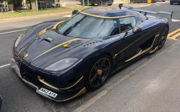 تصاویر تجمع خودروهای سوپرلوکس در برکشایر انگلستان,عکس خودروهای میلیاردی در برکشایر انگلستان,تصاویری از خودروهای لوکس ثروتمندان عرب