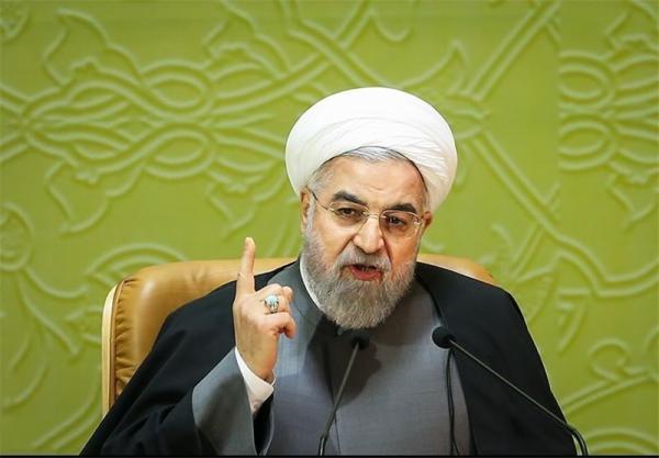 روحانی: کاخ سفید دچار معلولیت ذهنی شده /دست سپاه و وزارت دفاع را در سرنگونی پهپاد جاسوسی میبوسیم