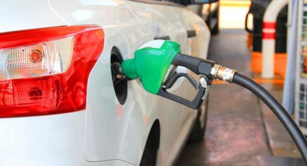 رئیس سازمان حمل و نقل و ترافیک شهرداری تهران: قیمت بنزین به شکل ابلهانهای ارزان است!