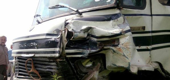 تصادف مینیبوس حامل دانشآموزان در استان مازندران,اخبار حوادث,خبرهای حوادث,حوادث