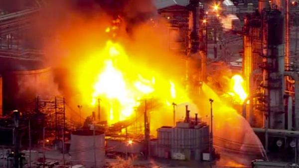 انفجار در بزرگترین پالایشگاه نفت شرق آمریکا,اخبار اقتصادی,خبرهای اقتصادی,نفت و انرژی