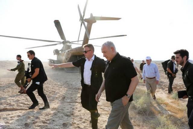 تصاویر بازدید جان بولتون و نتانیاهو از دره رود اردن,عکس های جان بولتون در دره رود اردن,تصاویر سفر نتانیاهو و بولتون به دره رود اردن