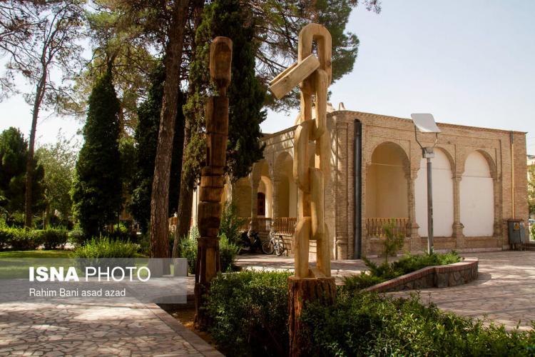 تصاویر رویداد هنری در پارک کرمان,عکس های رویداد هنری حافظه چوب,تصاویر پارک ریاضیات و کتابخانه ملی شهر کویری کرمان