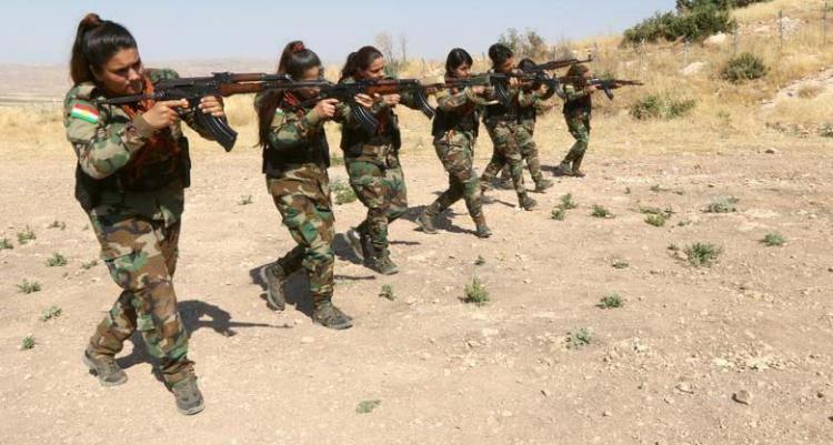 تصاویر آموزش نظامی به دختران پیشمرگه,عکس های آموزش نظامی به دختران در شرق اربیل,تصاویر اردوگاه نظامی دختران در اربیل