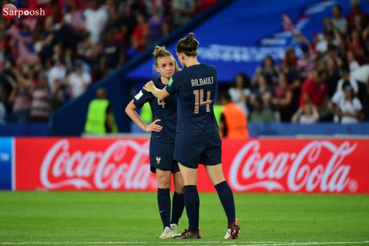 تصاویر مرحله یک چهارم نهایی جام جهانی فوتبال زنان,عکس های مرحله یک چهارم نهایی جام جهانی فوتبال بانوان,تصاویر تماشاگران جام جهانی بانوان 2019