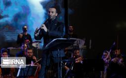 تصاویر کنسرت نوستالژی ناصر چشمآذر,تصاویر کنسرت نوستالژی در برج میلاد,عکس های کنسرت نوستالژی ناصر چشم آذر در تهران