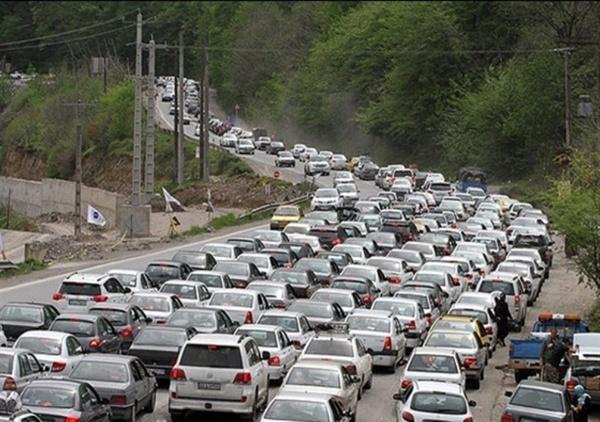ترافیک در محور چالوس,اخبار اجتماعی,خبرهای اجتماعی,وضعیت ترافیک و آب و هوا