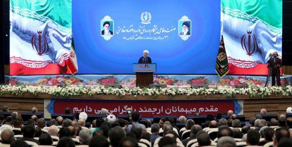 روحانی: در روز خطر، اولین فراریها از منطقه ما آمریکاییها خواهند بود