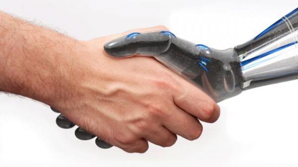 دوست دارم یک ربات جای من را بگیرد