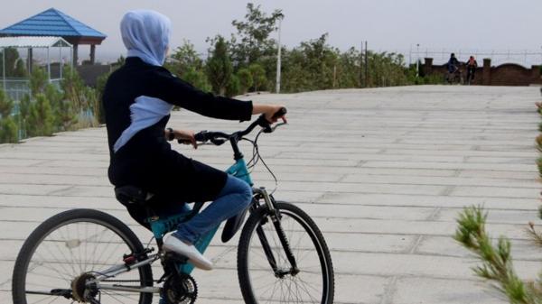 دوچرخه سواری زنان,اخبار اجتماعی,خبرهای اجتماعی,شهر و روستا