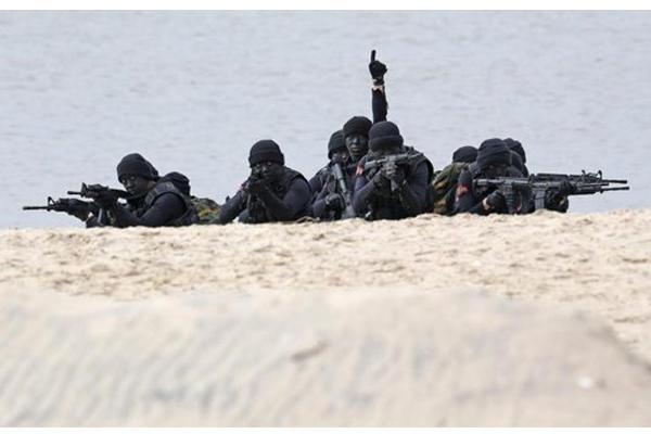 مانور نیروهای چین,اخبار سیاسی,خبرهای سیاسی,دفاع و امنیت