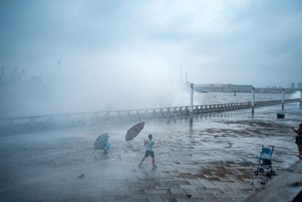 توفان در چین,اخبار حوادث,خبرهای حوادث,حوادث طبیعی