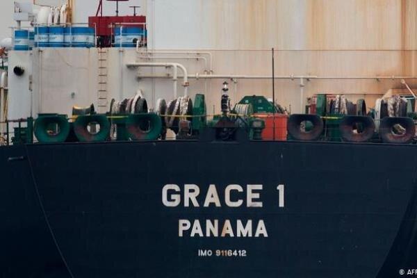نفتکش ایرانی توقیف شده، سرانجام سفر خود را آغاز کرد
