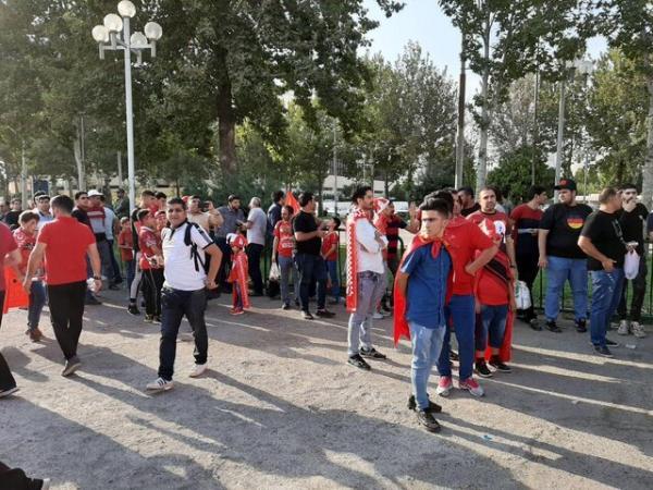 خرابی گیتهای ورزشگاه آزادی صدای پرسپولیسیها را درآورد