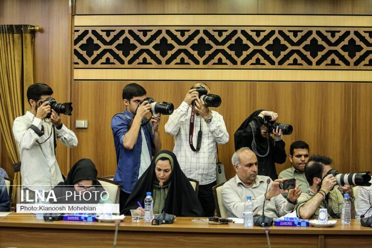 تصاویر نشست خبری عوامل برنامه عصر جدید,عکس های امین حیایی,تصاویر احسان علیخانی