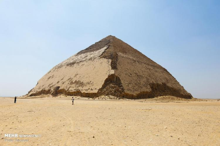 تصاویر هرم خمیده در مصر,عکس های هرم خمیده در مصر,تصاویر هرم خمیده