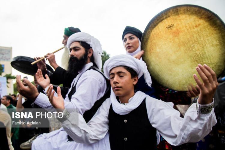 تصاویر جشنواره دفنوازی آوای دوست,عکس های جشنواره دفنوازی کردستان,تصاویر مراسم بزرگ دف نوازی