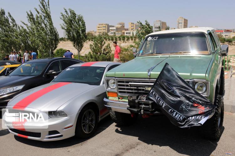 تصاویر همایش خودروهای کلاسیک در تبریز,عکس های همایش خودروهای کلاسیک در تبریز,تصاویر همایش خودروهای کلاسیک