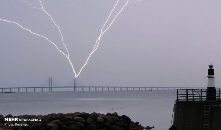 تصاویر رعد و برق در کشورهای مختلف,عکس های طوفان در کشورهای مختلف,تصوایر طوفان و رعد و برق در کشورهای مختلف