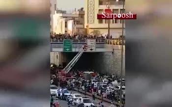 فیلم/ تلاش دخترجوان برای خودکشی در بزرگراه امامعلی تهران