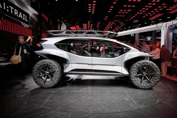 خودروی AI TRAIL کواترو,اخبار خودرو,خبرهای خودرو,مقایسه خودرو