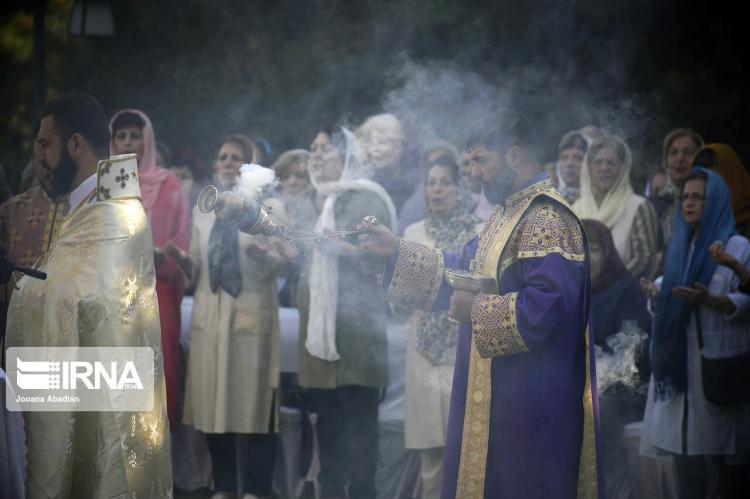 تصاویر مراسم بزرگداشت صلیب مقدس,عکس های مراسم بزرگداشت صلیب مقدس,تصاویر مراسم بزرگداشت صلیب مقدس در ورزشگاه آرارات