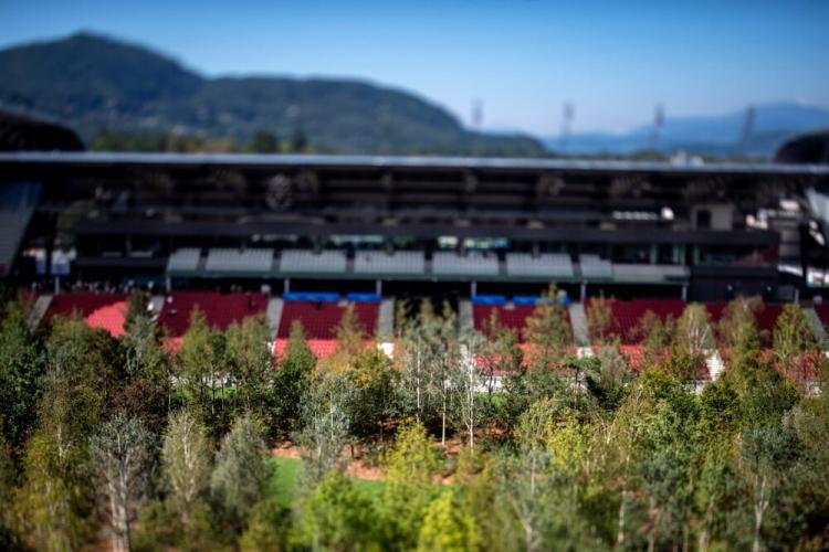تصاویر استادیوم زیبای فوتبال در اتریش,عکس های استادیوم زیبای فوتبال در اتریش,تصاویر استادیوم زیبای فوتبال