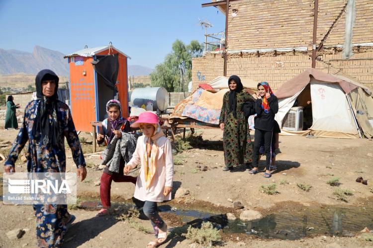 تصاویر بازسازی خانه ها در روستای چم مهر,عکس های سیل زدگان شهرستان پل دختر,تصاویر سیل در استان لرستان