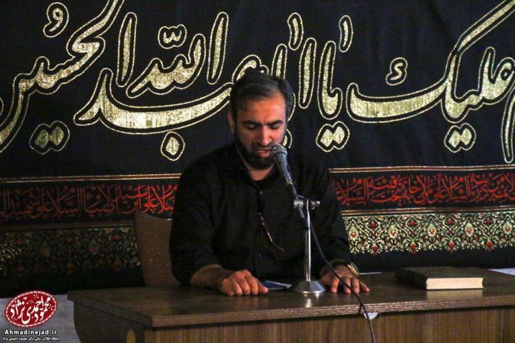 تصاویر عزاداری شب های محرم,عکس های عزاداری شب های محرم,تصاویر حضور احمدی نژاد در عزاداری شب های محرم