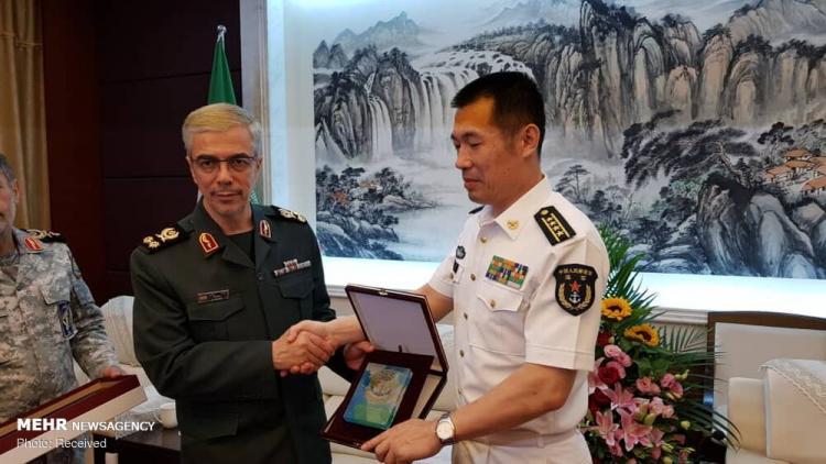 تصاویر سرلشکر محمد باقری در چین,عکس های رییس ستاد کل نیروهای مسلح در چین,تصاویر محمد باقری در پایگاه دریایی شانگهای