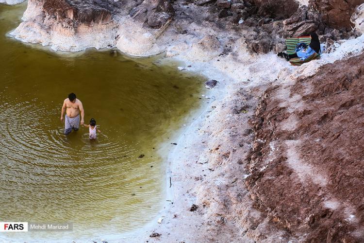 تصاویر شنا در گنبد نمکی,عکس های گنبد نمکی,تصاویر گنبد نمکی قم
