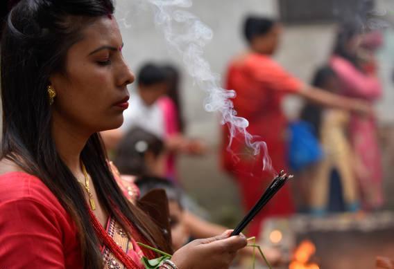 تصاویر جشنواره تیج,عکس های مراسم در نپال,تصاویر دختران مجرد جشنواره تیج